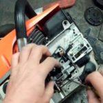 Проводим ремонт масляного насоса бензопилы